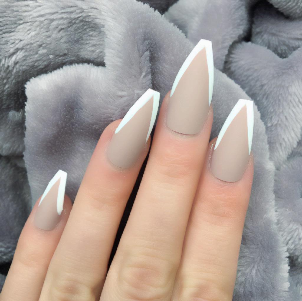 Light Mani Mocha White Long Coffin
