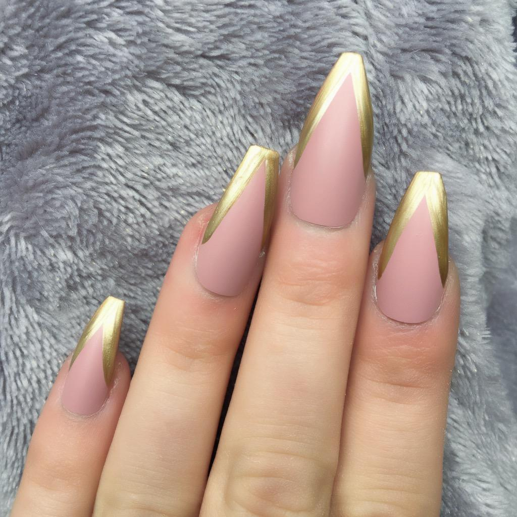 Light Mani Rose Matte Gold Long Coffin
