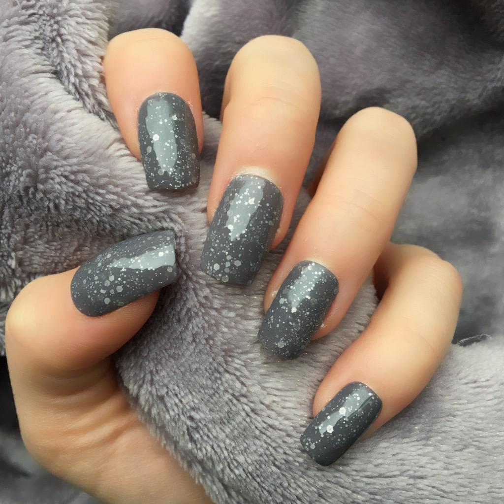 Heat Change Grey Glitter To Pink Short Square