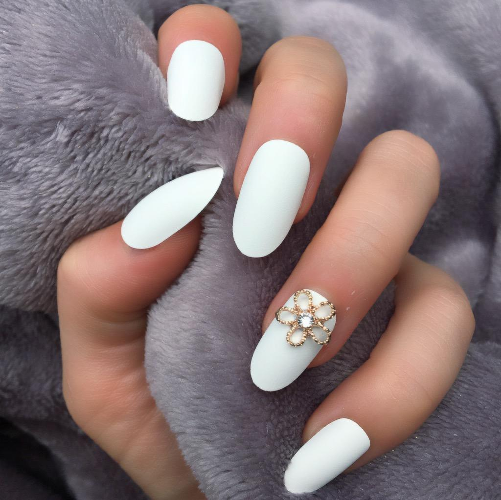White Matte RF Lily Oval – Doobys Nails