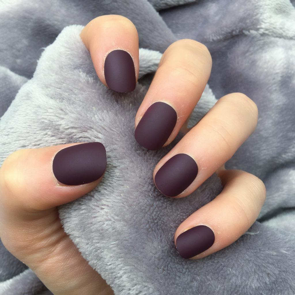 Maroon Matte Short Round – Doobys Nails