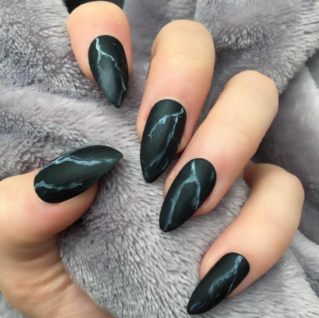 Marble Nail Art Stiletto: Black Marble Matte Stiletto