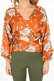 a/528/11809-_Floral_blouse_in_camel-5-min__72717.jpg