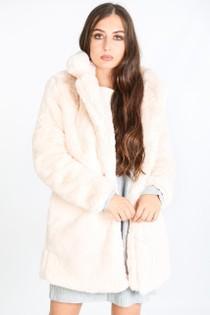 i/705/2166-_Pastel_fur_coat_in_pink-2-min__61756.jpg