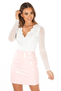 Long Sleeve Scallop Edge Slinky Crochet Bodysuit In White