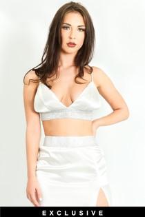 i/400/Embellished-Satin-Triangle-Bralet-In-White-4-ex__21223.jpg