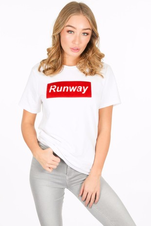 w/600/11796-_Runway_T-shirt_in_white-2__06100.jpg