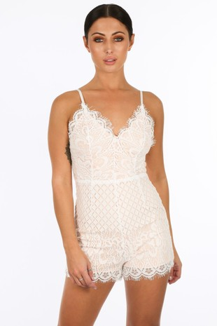 v/944/21928-_Contrast_Lace_Playsuit_In_White-2__77908.jpg
