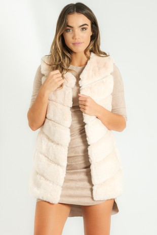 s/165/Short_Hair_Gilet_in_Cream-2__30866.jpg