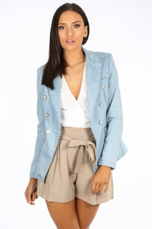 d/243/V1825-_Light_Wash_Double_Breasted_Denim_Blazer-2__39040.jpg