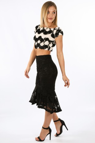n/918/W1615-_Crochet_fishtail_Midi_Skirt_In_Black-2__13145.jpg