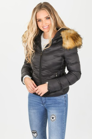g/177/YDM-1511_Puffer_Coat_with_natural_fur_in_black-5-min__38165.jpg