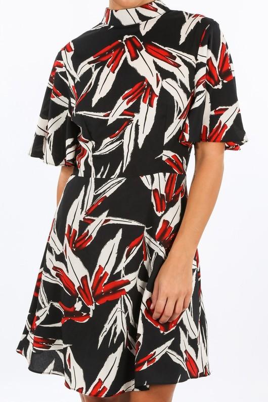 m/372/11772-8-_High_Neck_Tropical_Leaf_Print_Dress_In_Black-5__02100.jpg