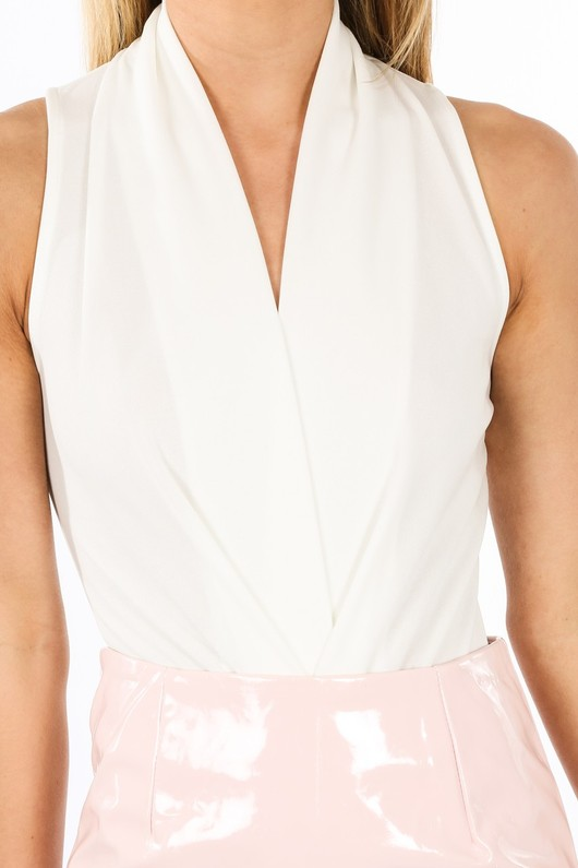 x/501/11790-_Plunge_Front_Pleated_Bodysuit_In_White-5__49807.jpg