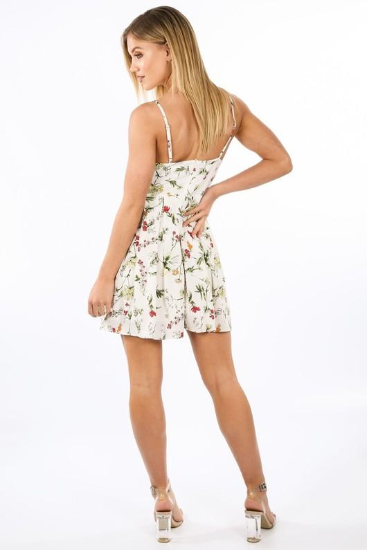 k/548/11820-_Floral_Strappy_Skater_Dress_In_White-4__39316.jpg