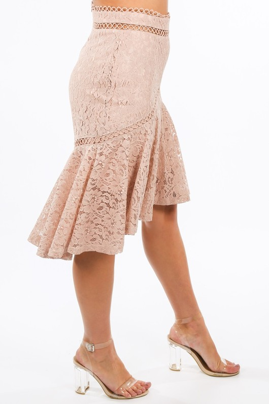 i/885/11839-_Lace_Fishtail_Midi_Skirt_In_Nude--3__98563.jpg