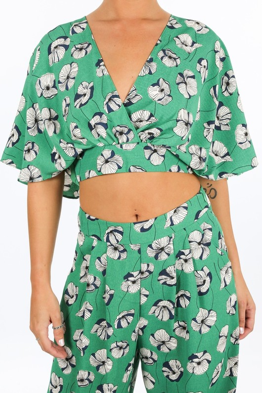 p/789/1633-1-_Poppy_Print_Batwing_Crop_Top_In_Green-5__73210.jpg