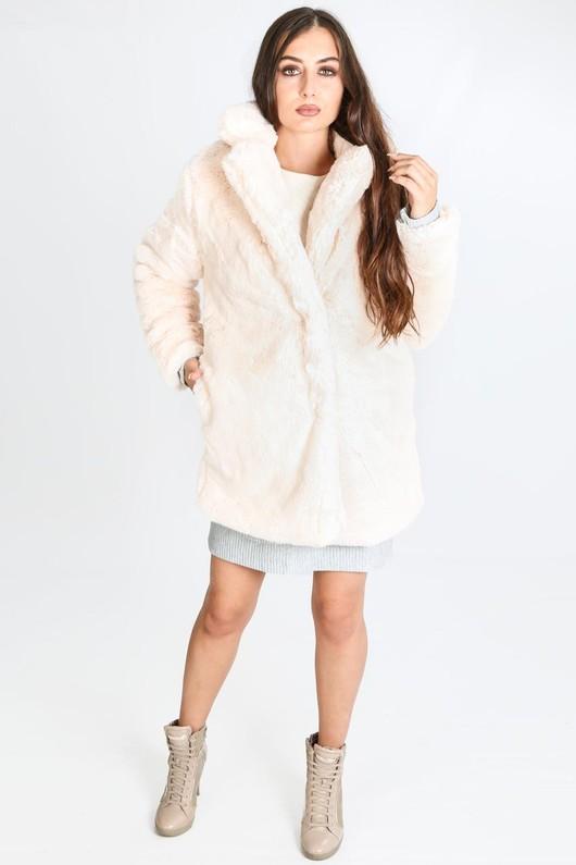 n/696/2166-_Pastel_fur_coat_in_pink-4-min__25319.jpg