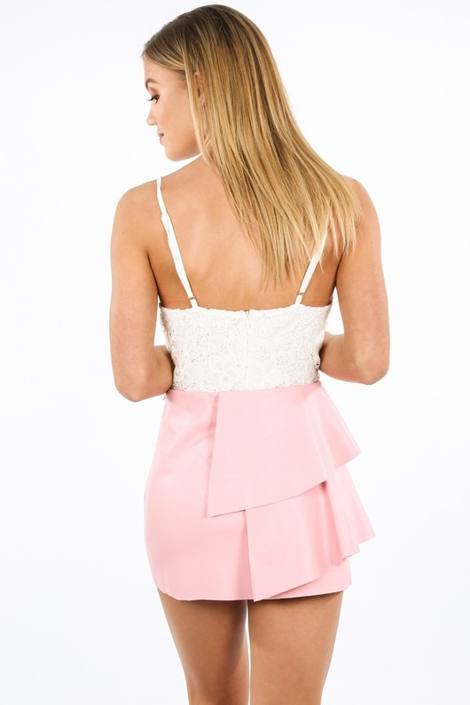 i/799/21751-_Faux_Leather_Mini_Skirt_With_Frills_In_Pink-3__04175.jpg