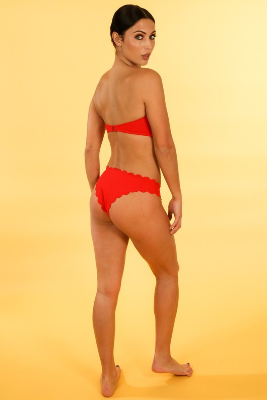 d/856/21752-_Scallop_Edge_Bandeau_Bikini_In_Red-5__04154.jpg