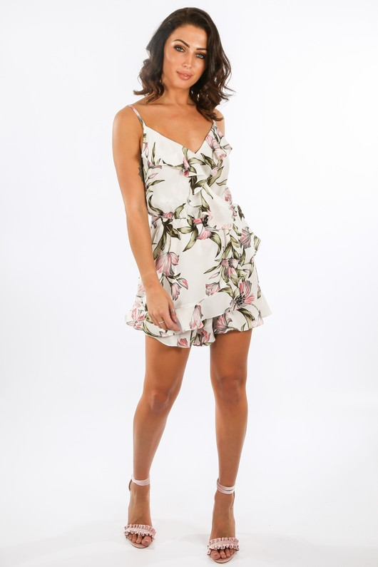 q/358/21786-1-_Floral_Frill_Playsuit_In_White-3__48520.jpg