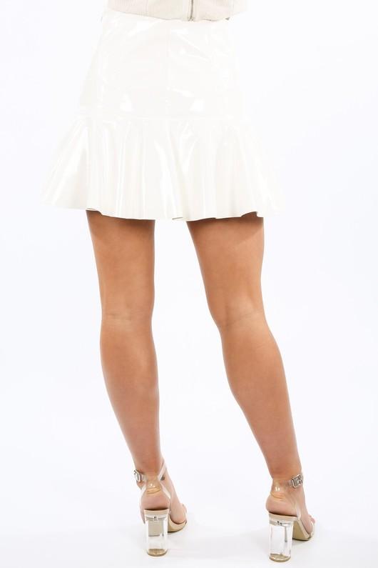 y/207/21803-_Vinyl_Peplum_Hem_Mini_Skirt_In_White-4__81047.jpg