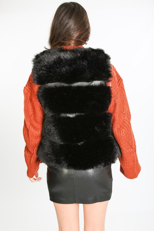 o/598/21818-_Fur_gilet_it_black-3__10703.jpg