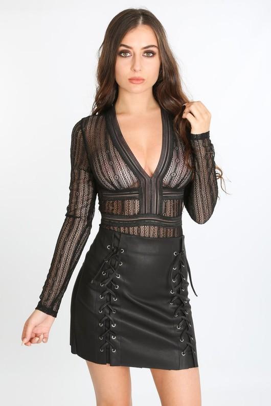 a/699/21843-_lace_long_sleeve_bodysuit_in_black-4-min__01884.jpg