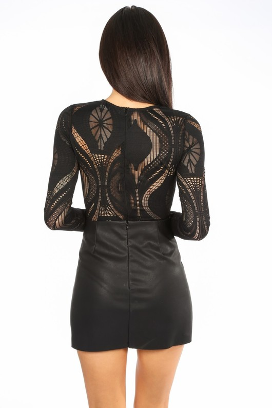 p/150/21889-_Long_Sleeve_Wavy_Lace_Bodysuit_In_Black-3__97853.jpg