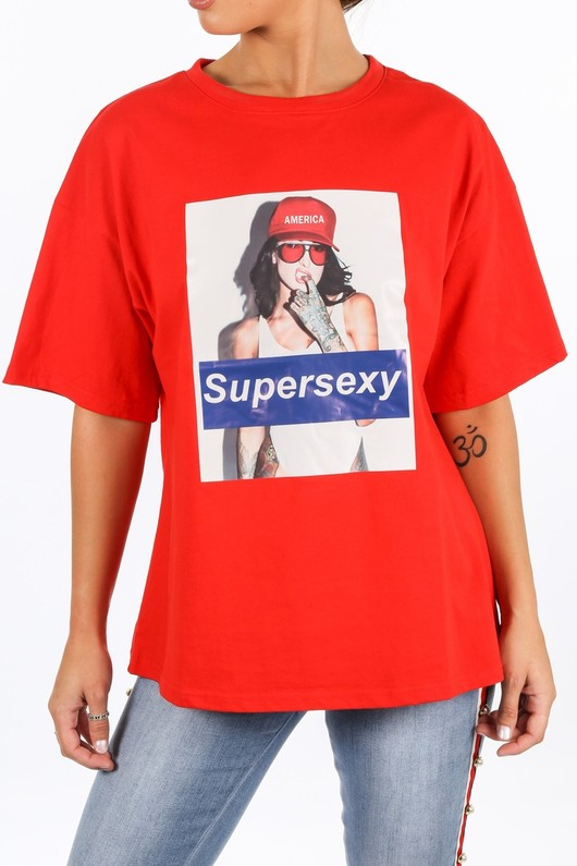 o/733/21960-_Super_Sexy_Slogan_T-Shirt_In_Red-6__76931.jpg