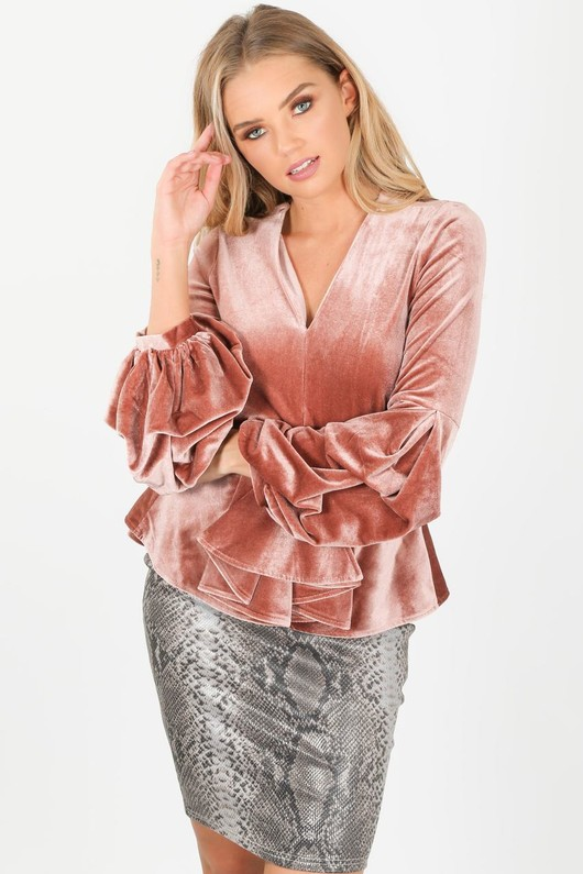 m/195/2220-_Velvet_puff_sleeve_peplum_top_in_pink-3-min__33808.jpg