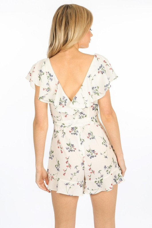 o/140/7539-_Frilled_Floral_Playsuit_In_White-3__33439.jpg