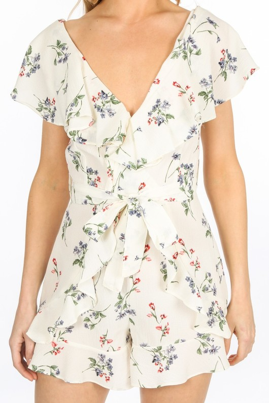 r/110/7539-_Frilled_Floral_Playsuit_In_White-5__68363.jpg