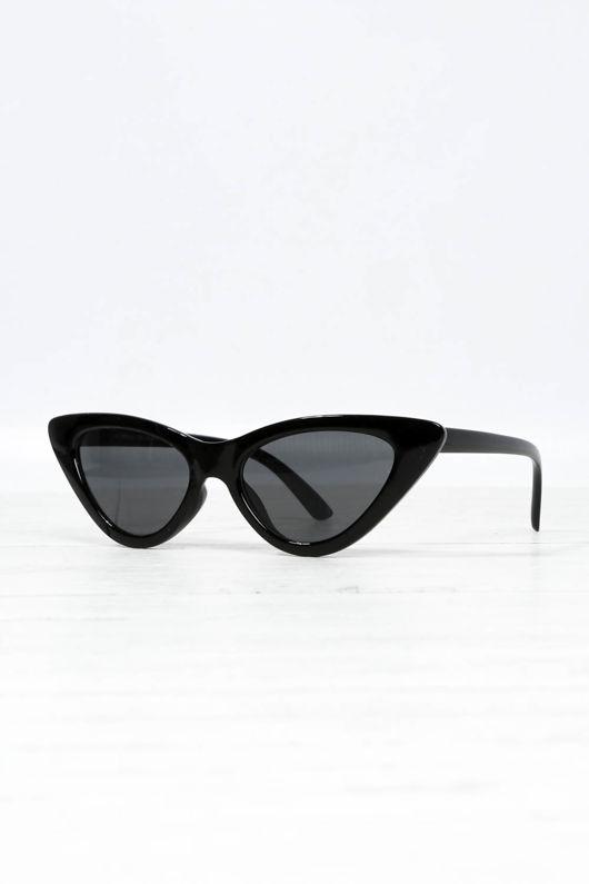 de631876503 Cat Eye Sunglasses In Black
