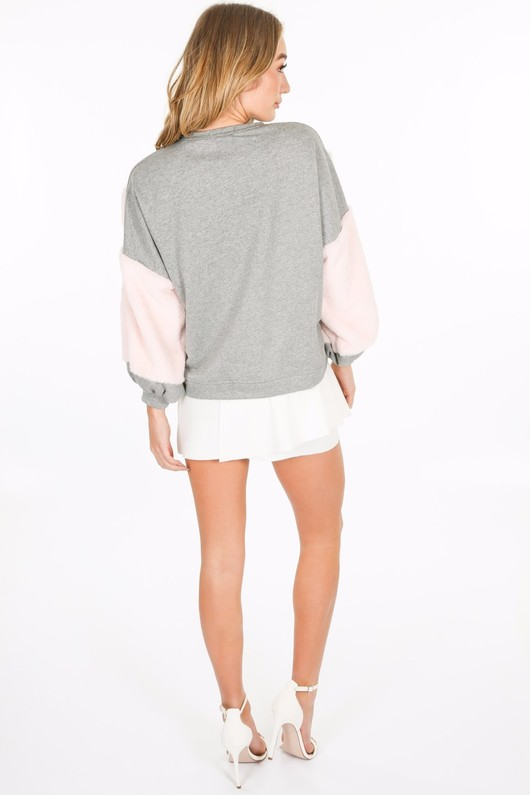 o/059/CHO97-_Fur_detail_sweatshirt_in_grey-4__39745.jpg