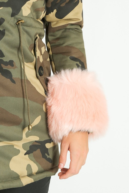 j/813/Camouflage_Print_Faux_Fur_Parka_In_Pink-10__35758.jpg