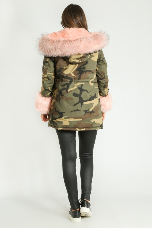 d/848/Camouflage_Print_Faux_Fur_Parka_In_Pink-3__79983.jpg