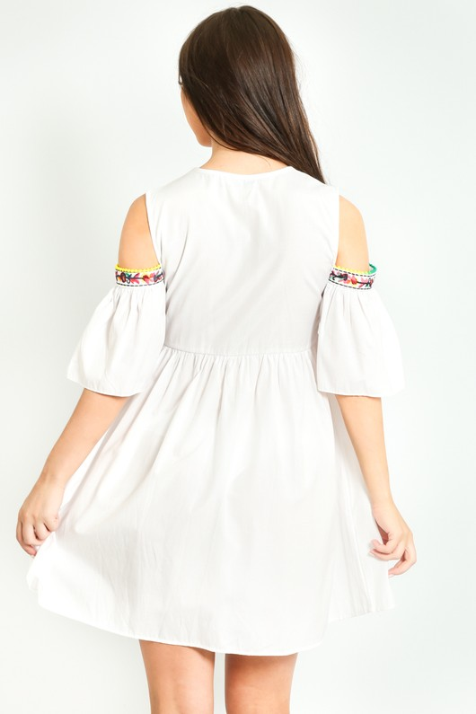 u/834/Cold_Shoulder_Crotchet_Detail_Dress_In_White-3__28038.jpg
