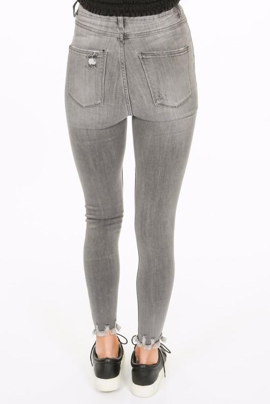v/415/Distressed_grey_skinny_jeans-4__77928.jpg