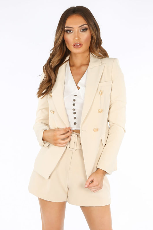 Belted Tailored Shorts In Beige