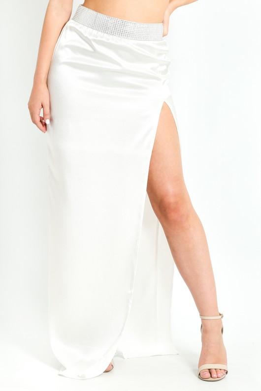 m/230/Embellished_Thigh_Split_Maxi_Skirt_In_White___32948.jpg
