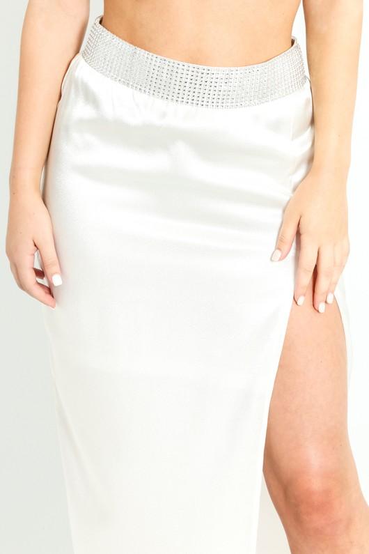 b/046/Embellished_Thigh_Split_Maxi_Skirt_In_White_-5__12872.jpg