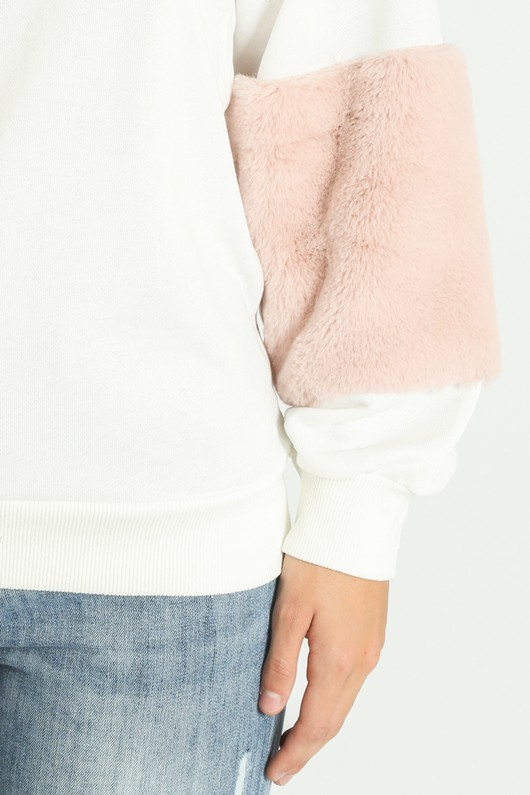 l/151/Faux_Fur_Sweatshirt_in_white-6__58701.jpg