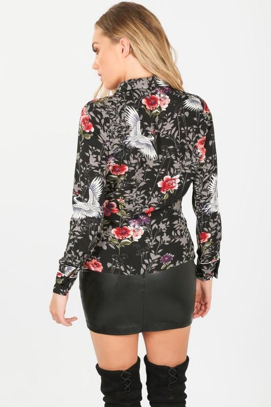 f/287/H868-_Floral_wrap_blouse_in_black-4-min__85698.jpg