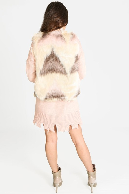 b/599/LM6989-_Faux_Fur_Gilet_In_Cream_Pink-3-min__51620.jpg