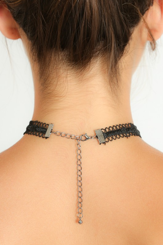 b/037/Lace_Choker_With_Chain_Prism_Droplets-3__72370.jpg