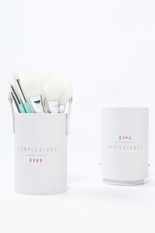 r/545/Makeup_brushes-2-min__03576.jpg
