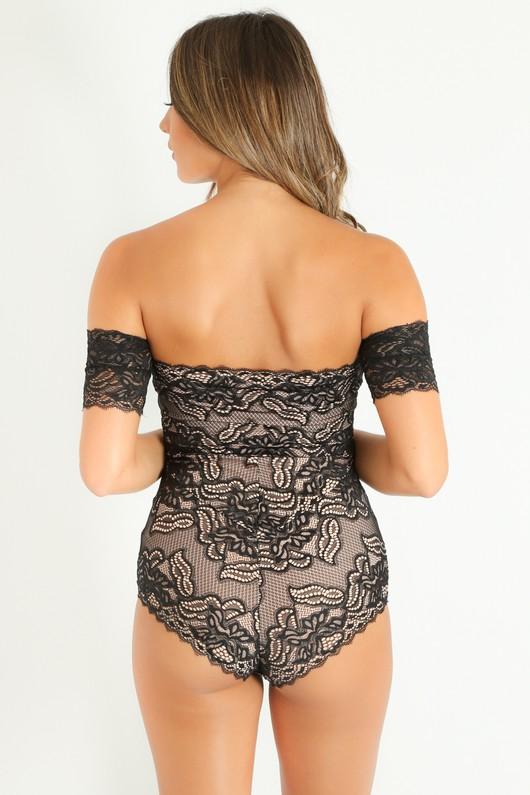 g/114/Off_The_Shoulder_Contrast_Lace_Bodysuit_In_Black-4__96894.jpg