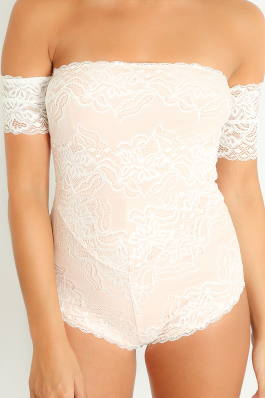 v/982/Off_The_Shoulder_Contrast_Lace_Bodysuit_In_White-5__28597.jpg