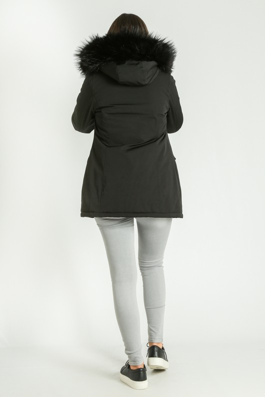 a/277/Parka_In_Black__71065.jpg